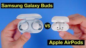 Apple Airpods atau Galaxy Buds?